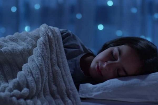 Beberapa Hal Buruk Saat Tidur Dengan Lampu Sedang Menyala